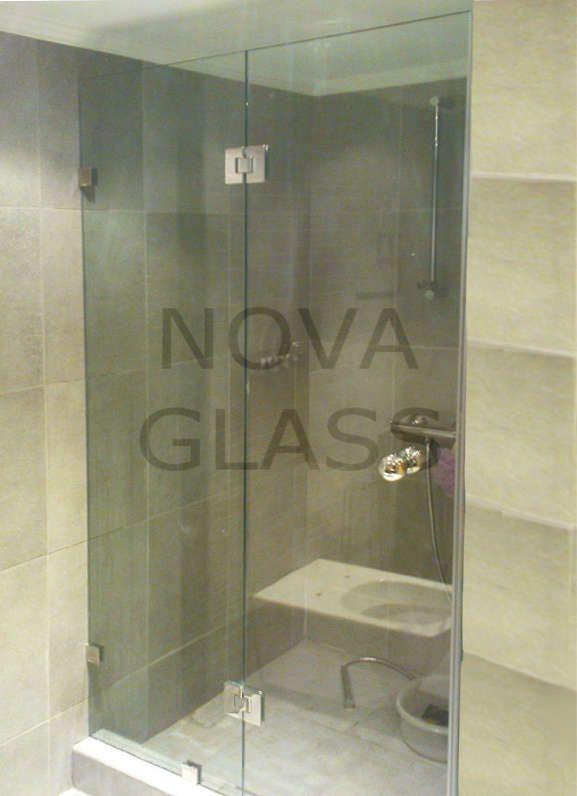 Συρόμενη γυάλινη καμπίνα 10mm με ανοξείδωτο οδηγό