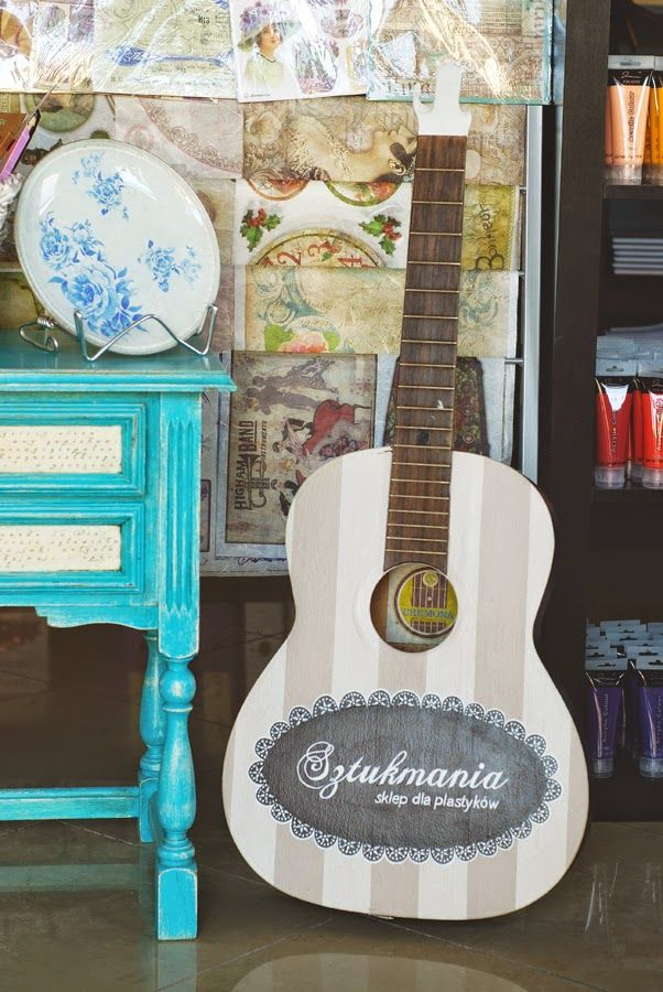 Malowana gitara Sztukmania