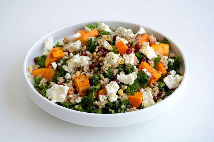 Salat med søtpotet, granateple og feta