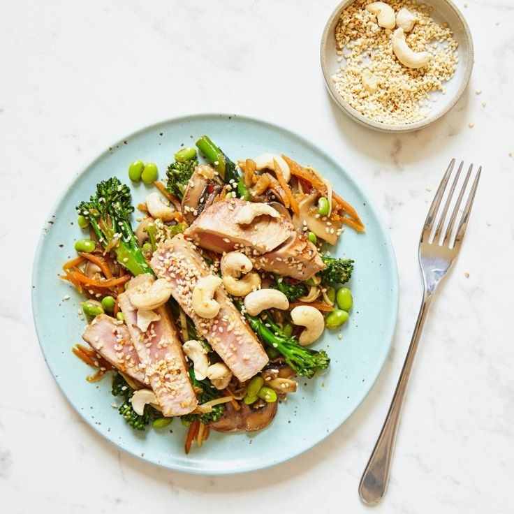 Grilled Tuna and Soba Noodle bowl - Madeleine Shaw