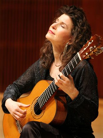 Sharon Isbin (Classical Guitar).
