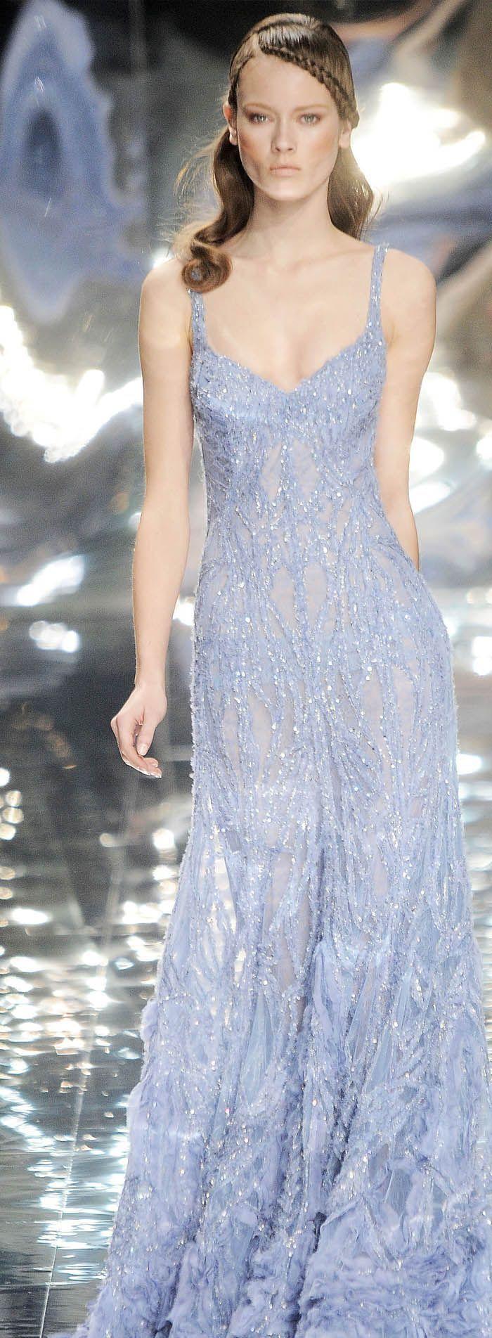 I really like this dress.