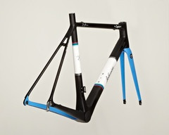 The Esquire SL frame-set is 780 grams made of Toray 1000 carbon sourced from Japan. We've designed the frame using box section tubing which was by far the stiffest during...