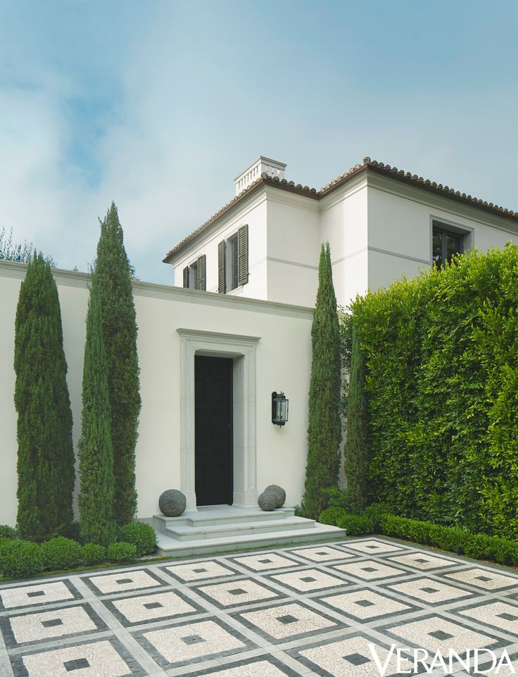 14 best images about spanish revival on pinterest for Courtyard driveway house plans