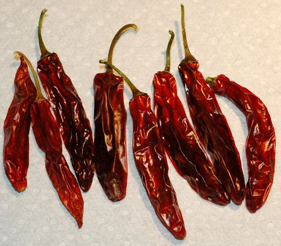 How to Grow, Use and Preserve Serrano Peppers (they're quite yummy fresh!! I reccommend!)