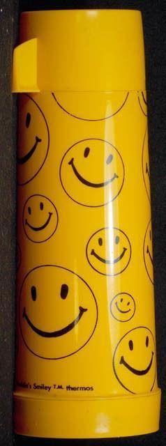 Vintage 1970's ALADDIN'S SMILEY THERMOS Aladdin Pint Yellow Smiley Face RARE.