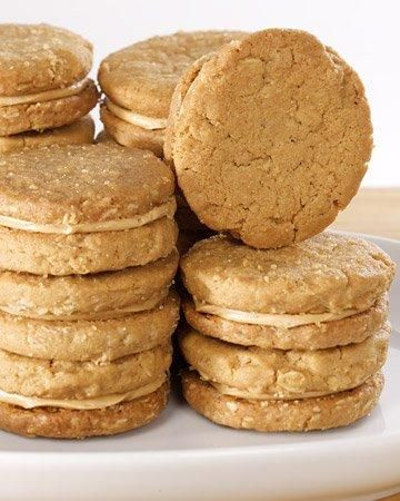 Peanut Butter Sandwich Cookies Recipe: Peanutnbutt Cookies, Sandwiches Cookies, Cookies Recipes, Peanut Butter Cookies, Martha Stewart, Butter Sandwiches, Girls Scouts, Butter Fillings, Sandwich Cookies