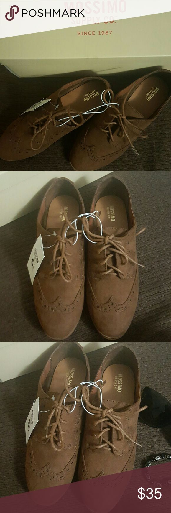 Mossimo Women's Nannie Oxfords-chestnut size 5.5 NWT-Faux suede Oxford with brogue detail, Eyelet lacing, Cushioned insole, non-marking outsole A modern take on the classic brogue, these Women's Nannie Oxfords breathe new life into a timeless style. With a faux-suede upper, lace-up vamp and tapered almond toe, these dapper flats can be dressed up or down with ease--though for real deal heritage style, nothing beats fuzzy tights and a plaid wool skirt.  Never been use, with box! Cool shoes…