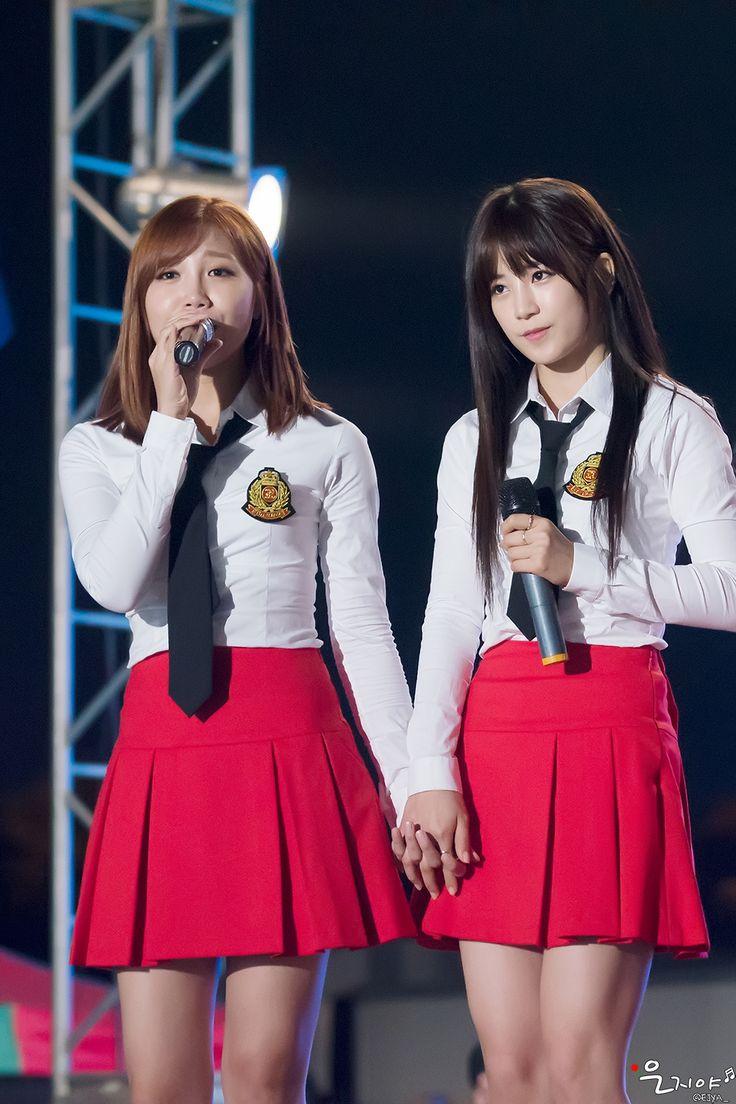 APink EunJi and ChoRong