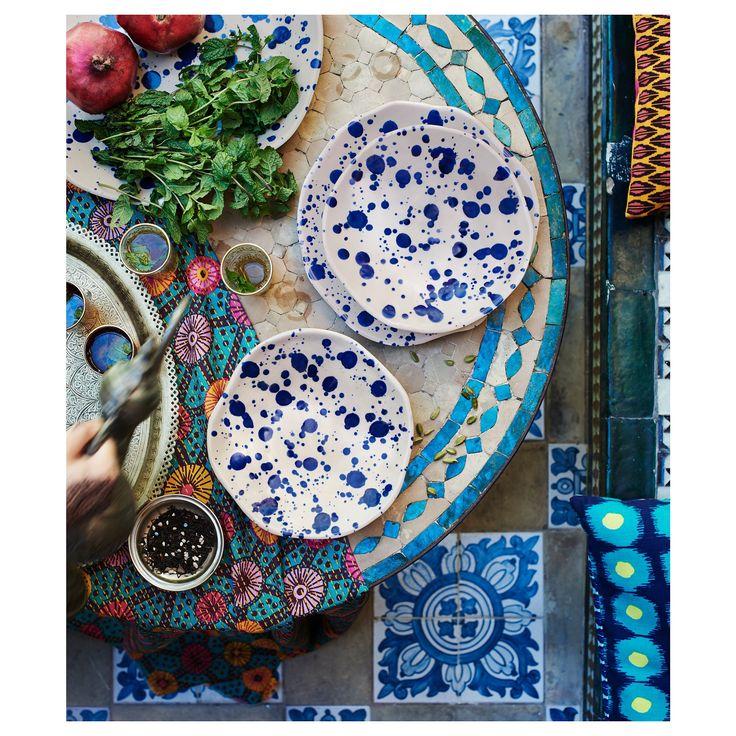 JASSA plates. Love the whole look.