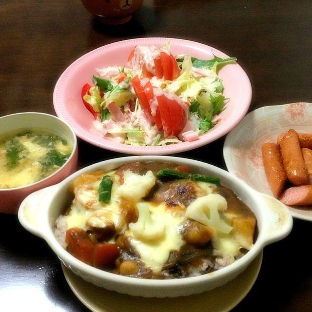 カレーの残り( ´ ▽ ` )ノ - 7件のもぐもぐ - カレードリア、ウィンナー、サラダ、ニラ玉スープ★ by ari02