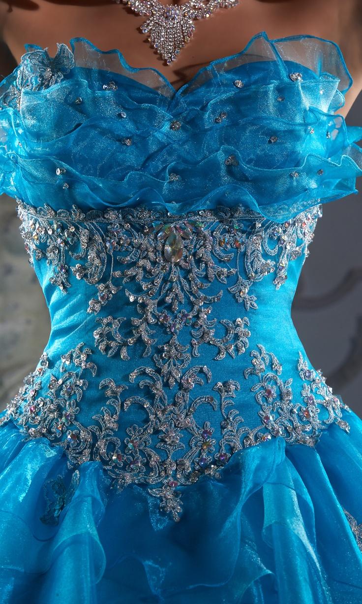 ♥Blue Fashion, Beautiful Blue, Style, Blue Dresses, Clothing, Quince Dresses, Dresses Ideas, Prom Dresses, Pretty