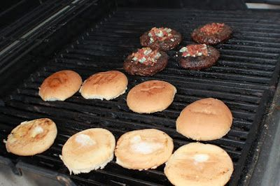 What's Cookin' Italian Style Cuisine: Curt's Grilled Black and Blue Bacon Angus Burger Recipe