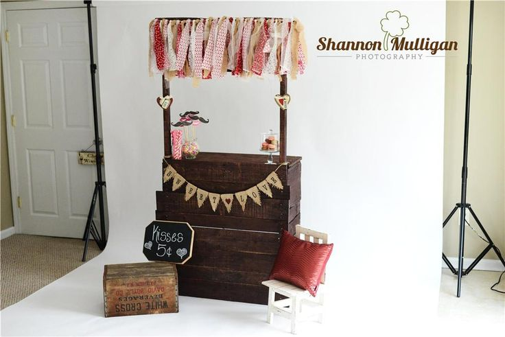 DYI Photo Props - Kissing Booth - Behind-the-Scenes - Shannon Mulligan Photography