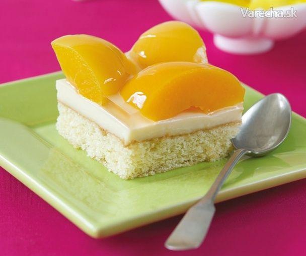 Jarný broskyňový koláč
