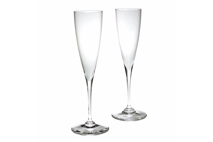 Baccarat Dom P flutes... the only way to drink champagne (what a dick)
