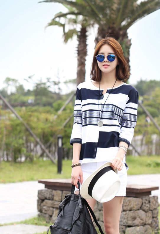 Republic of Korea reigning Women's Clothing Store [CANMART]  #koreafashionshop #fashion_pinter #pinterclothes #pintershop #womenfashion #goodquality #goodfabric #korea #dailylook #dailyfashion #CANMART #OOTD #madam #mam #top #tshirt #striped #Mrs #chic  Feel free to sleeve! I like the mix is ​​OK, plump young casual sense dangara dominate me!  Mix just 7Booty / Size : FREE / Price : 12.23 USD