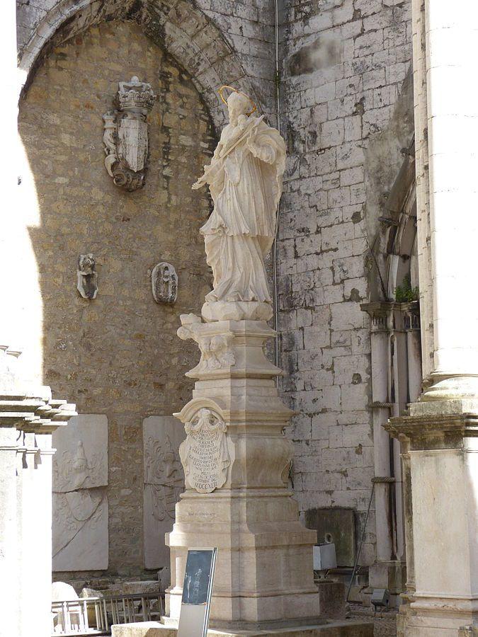 File:Convento do Carmo de Lisboa 18.JPG