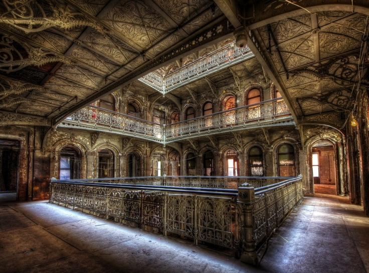 Abandoned Palace - N.Y - Eric.D.Fleury   #Architecture #Interior #Steampunk #HDR