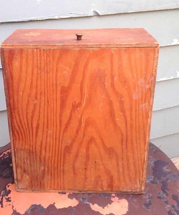 Vintage wood hinged box upright design metal knob