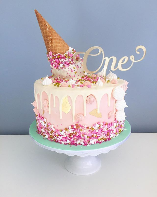 Cake Images Down : 1000+ ideas about White Birthday Cakes on Pinterest ...