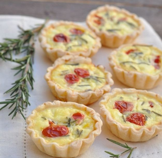 15 Easy Quiche Recipes To Try Any Time Of The Day | http://homemaderecipes.com/15-easy-quiche-recipes/
