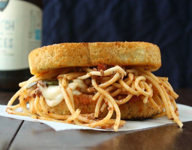 Best 25+ Spaghetti sandwich ideas on Pinterest | Spaghetti ...