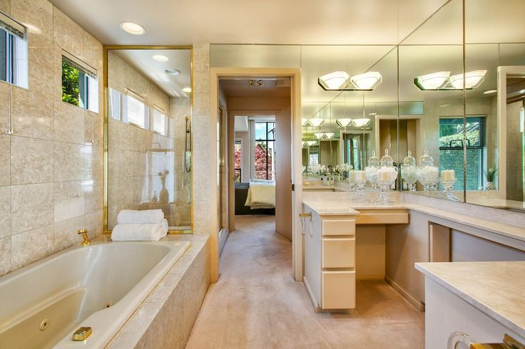 Tour a Northwest Contemporary Waterfront Home in Bellevue, Wash. | HGTV.com's Ultimate House Hunt | HGTV