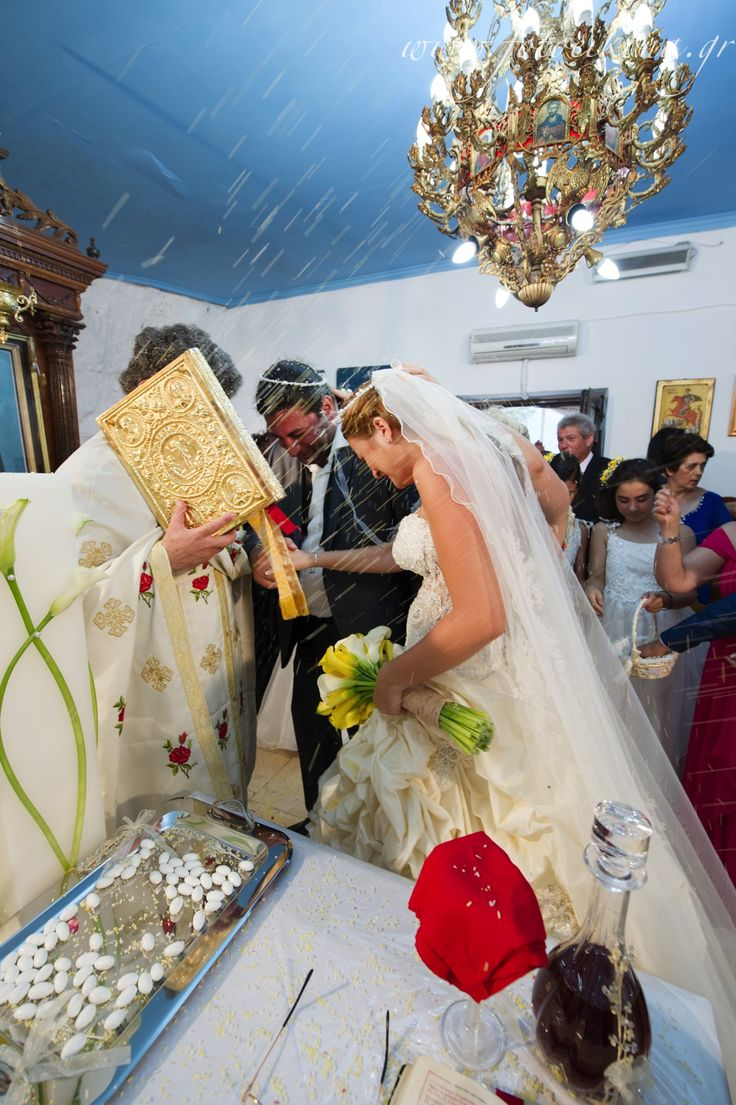 Lively couple & lovely wedding photos Agia Kyriaki Church Nidri #Lefkas #Ionian #Greece #wedding #weddingdestination Eikona Lefkada Stavraka Kritikos