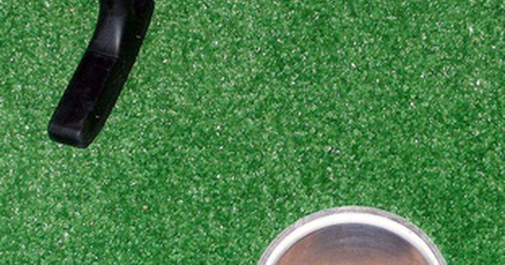 Ideias para arrecadação de fundos para viagens de escoteiros. Os escoteiros planejam viagens ao longo do ano para que eles possam aprender sobre o ambiente, bem como completar tarefas para ganhar seus emblemas. No entanto, eles não têm um meio de arrecadação de fundos anual. Um plano de atividades de arrecadação de fundos que alcance um grande número de pessoas e envolva a comunidade, a fim de ajudar a ...
