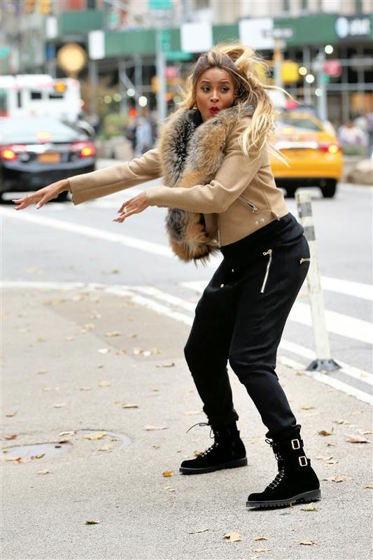 Ciara dances - Funny celeb photos for November 2016