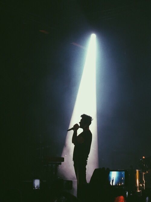 A silhouette and nothing more...#dansmith #bastille