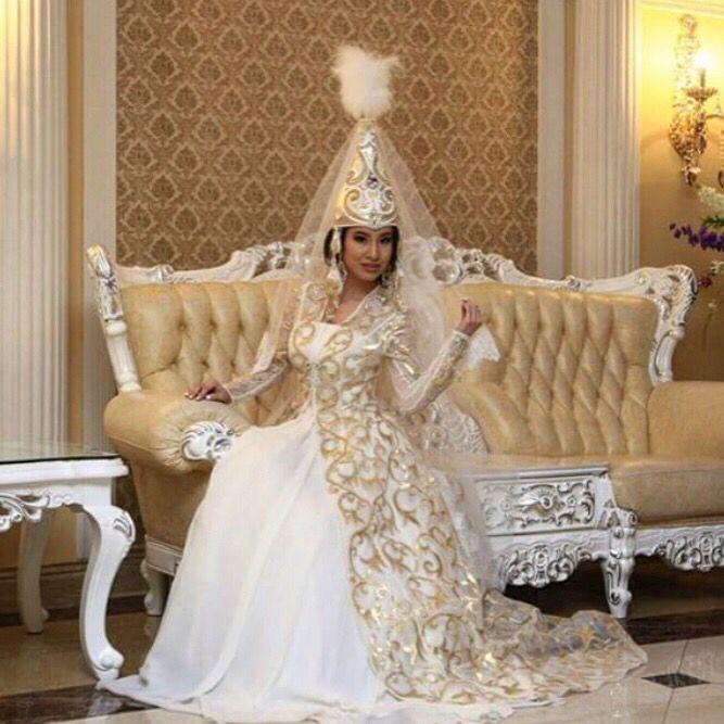 """Свадебное казахское платье """"Лана"""""""