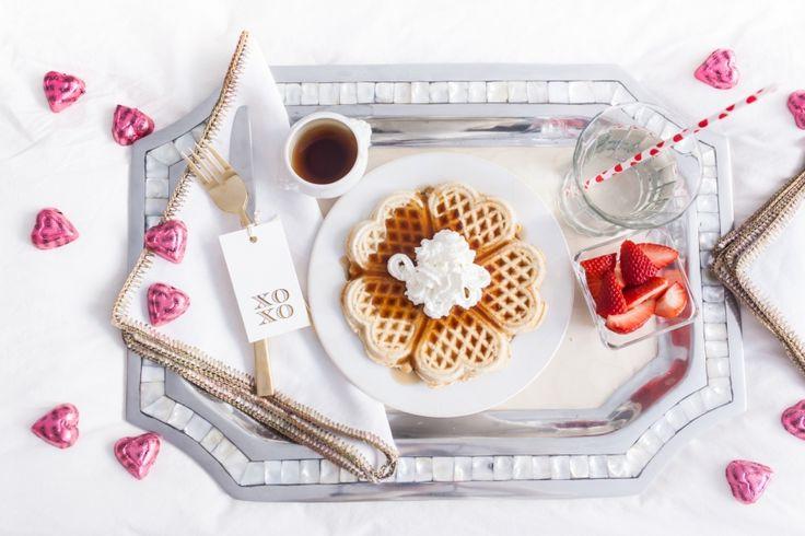 Beautiful breakfast in bed idea by Fashionable Hostess