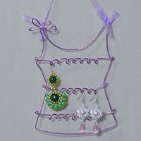 How to Make Purple Aluminum Wire Earring Holders at Home