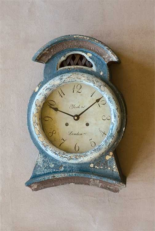CHARMING EUROPEAN ANTIQUE MORA STYLE LARGE TEAL BLUE WOOD MANTEL CLOCK #Unbranded