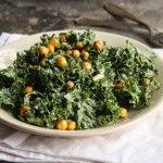 Kale Cesar Salad w/Garlicy Chicpea Croutons (+ Vegan Cesar Salad Dressing)
