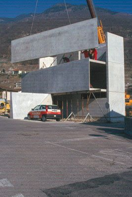 arquitectos: luigi snozzi. Casa Grossi, Monte Carasso, Suiza