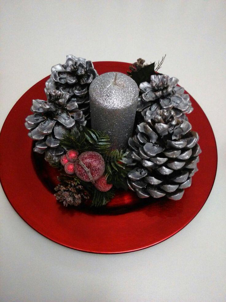 Las 25 mejores ideas sobre pi as pintadas en pinterest - Adornos de navidad hechos con pinas ...