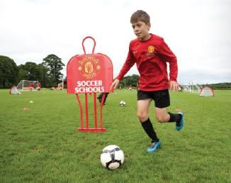 Tabara de fotbal intensiv in Anglia cu antrenori de la FC Liverpool 2017 ofera antrenamente de fotbal pentru copii, cursuri de engleza si cursuri de leadership in fotbal. Pentru detalii: 0736 913 866 office@mara-study.ro www.mara-study.ro