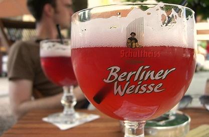 berlin red beer sweet and tasty berliner weisse mit schuss sommerlicher biergenuss nurbier. Black Bedroom Furniture Sets. Home Design Ideas
