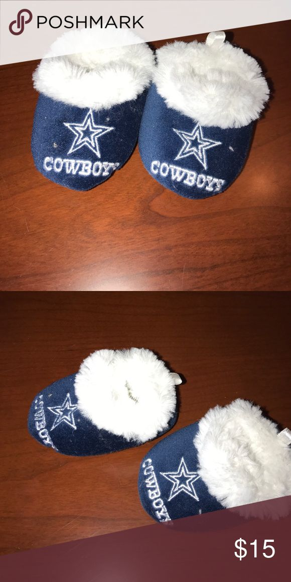 Baby Dallas Cowboys slippers. New Never used. No flaws Shoes Slippers