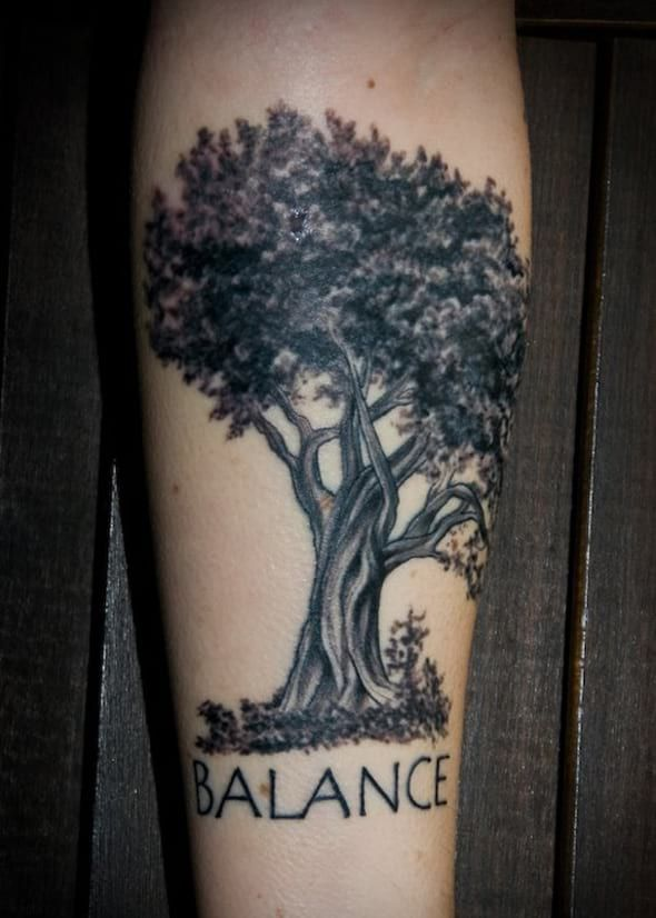 7fa91a6e0bee1 oak tree tattoo - Google Search | Tattoo be mine | Tree tattoo ...