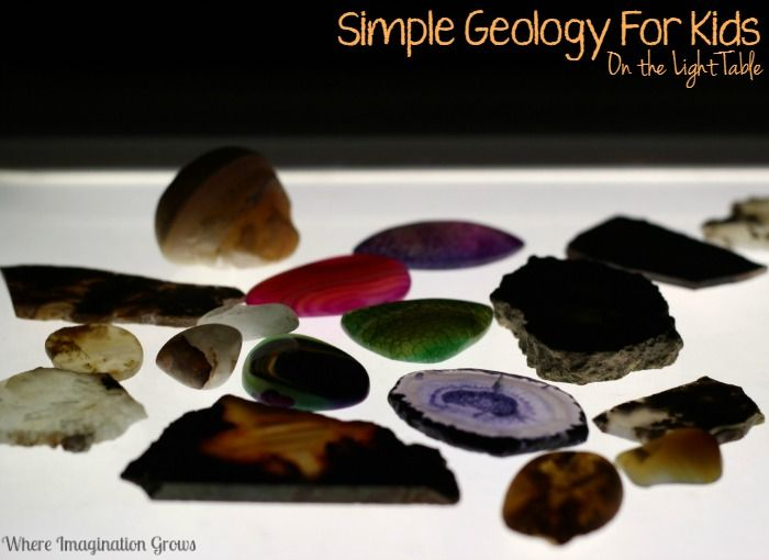 Simple earth science for kids on the light table! Introduce your preschoolers to geology by exploring rocks and agates with light!