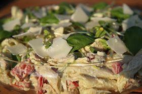 En riktigt god pastasallad att lägga på minnet inför sommarens picknickar, bufféer och grillkvällar! Matklubbens läsare har gett det här rec...