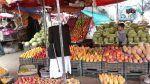 Ramadhan di Yaman: Shaum di siang hari kelaparan di malam hari  Fatima Salah yang telah berusia 58 tahun tidak tidur di siang hari seperti yang banyak dilakukan pada bulan Ramadhan.  Sebagai gantinya dia mengembara di kota Sanaa mengunjungi tetangga dan toko-toko setempat dengan harapan bisa mendapatkan cukup makanan untuk memberi makan keluarganya pada malam hari.  Saya lelah dan haus karena berjalan kaki dan saya telah berpuasa tanpa makan sahur yang baik ujar Fatima kepada Al Jazeera…