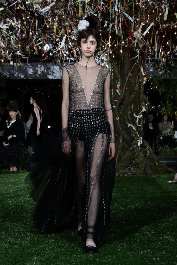See All the Breathtaking Designs from Dior's Haute Couture Tokyo Show