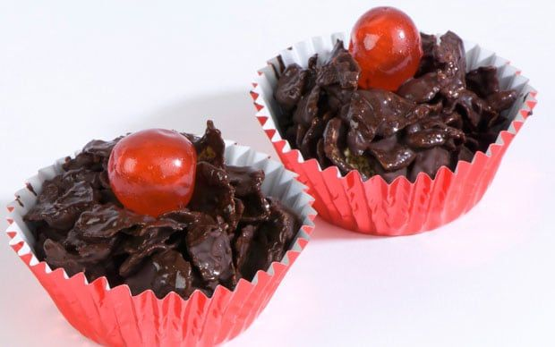 Whiz up a chocolate raisin crispie cake for Red Nose Day