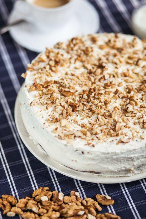 Jestli nejste fanoušky těžkých sladkých dortů s máslovými krémy, rozhodně vyzkoušejte dnešní recept!; Jakub Jurdič