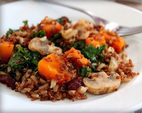 Apúntate a esta receta de Quinoa con setas: fibra y proteínas en un solo plato. #Qunoa #RecetasConQuinoa #QuinoaConSetas  #RecetasVeganas #CocinaVegana #RecetasVegetarianas #CocinaVegetariana